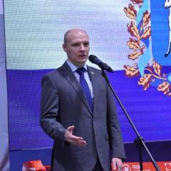 ministr_promyshlennosti_torgovli_so.jpg